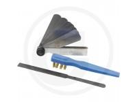 Small maintenance kit spark plugs & rocker valves