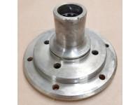 Flange for output shaft - rear drive