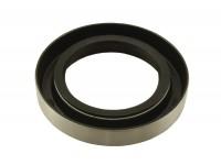Oil seal for rear of mainshaft